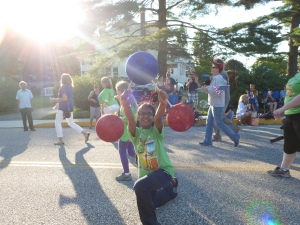 Fizz Boom Read!  Harford County Library shows off its Chemistry at the Fourth of July Parade in Bel Air